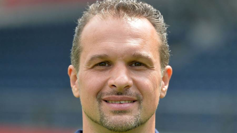 Almedin Civa, Trainer, geboren am 27. April 1972, Cheftrainer seit Juli 2017.
