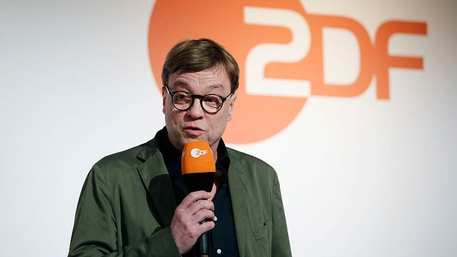 BERLIN, BERLIN - APRIL 11:  ZDF commentator Bela-Andreas Rethy attends the ZDF UEFA Euro 2016 press conference at Radialsystem on April 11, 2016 in Berlin, Germany.  (Photo by Boris Streubel/Bongarts/Getty Images)