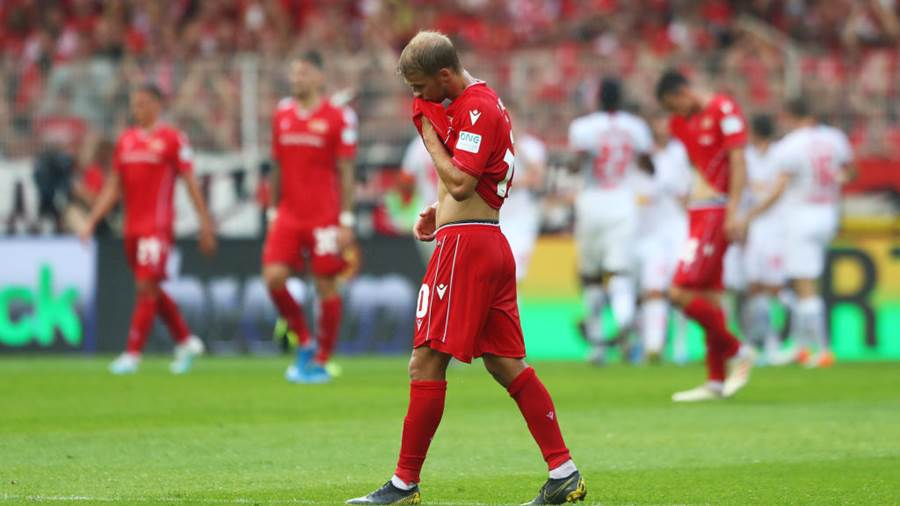 BERLIN, GERMANY - AUGUST 18:  Sebastian Andersson of 1. FC Union Berlin reacts during the Bundesliga match between 1. FC Union Berlin and RB Leipzig at Stadion An der Alten Foersterei on August 18, 2019 in Berlin, Germany. (Photo by Martin Rose/Bongarts/Getty Images)