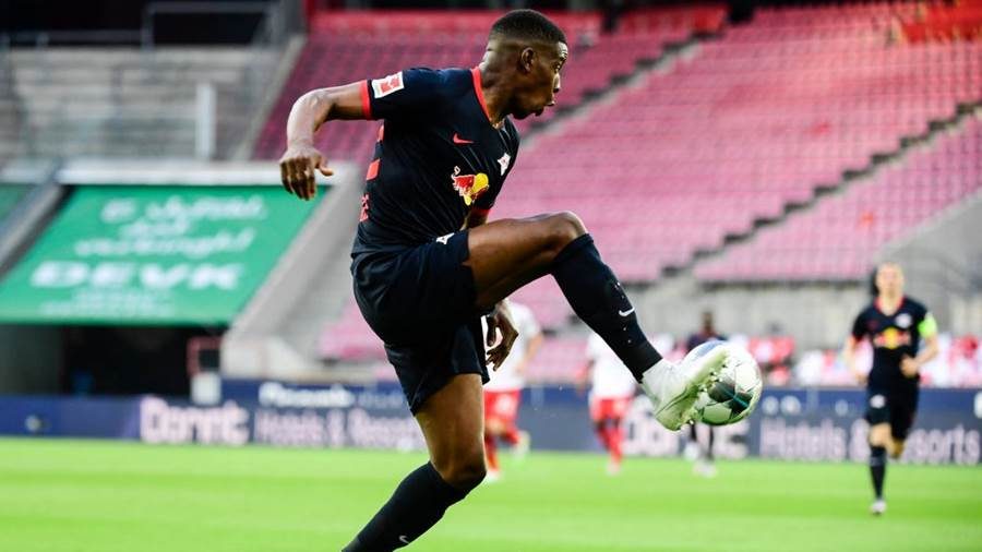 COLOGNE, GERMANY - JUNE 01: Nordi Mukiele of Leupzig controls the ball during the Bundesliga match between 1. FC Koeln and RB Leipzig at RheinEnergieStadion on June 1, 2020 in Cologne, Germany. (Photo by Ina Fassbender/Pool via Getty Images)