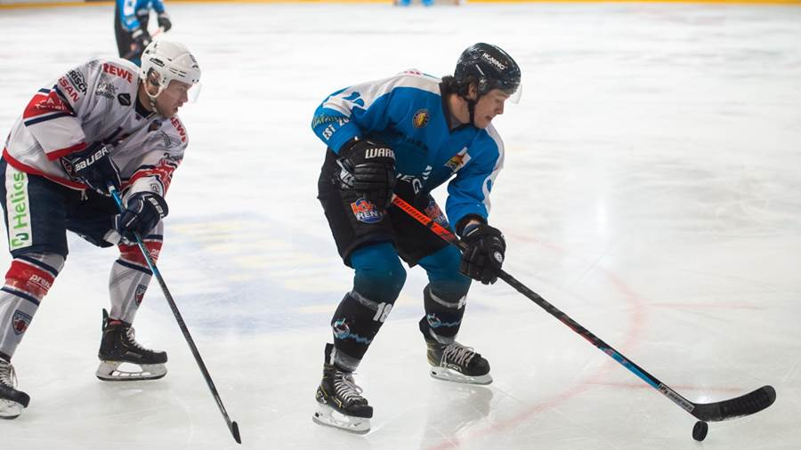 Connor Hannon (Icefighters #18) gegen Thore Weyrauch (Hannover)