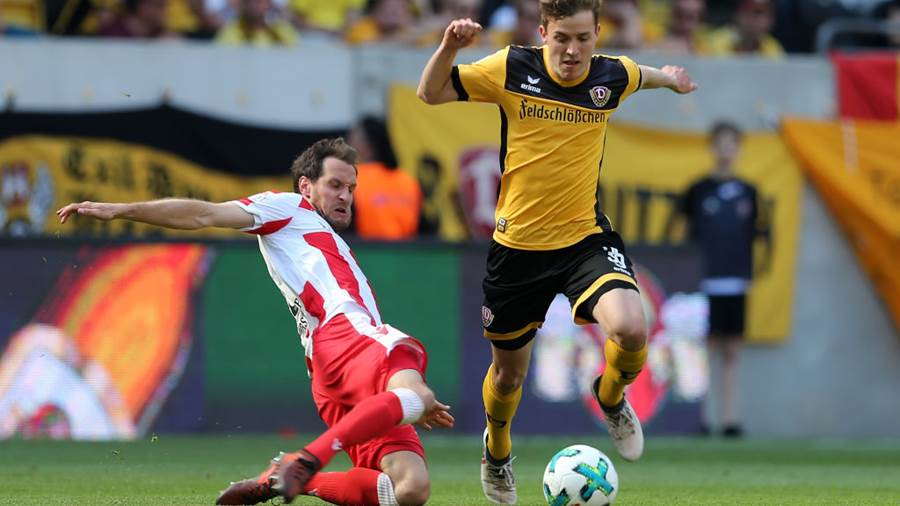 DRESDEN, GERMANY - MAY 13:  Niklas Hauptmann (R) of Dresden battles for the ball with Stephan Fuerstner of Berlin during the Second Bundesliga match between SG Dynamo Dresden and 1.FC Union Berlin at DDV-Stadion on May 13, 2018 in Dresden, Germany.  (Photo by Matthias Kern/Bongarts/Getty Images)