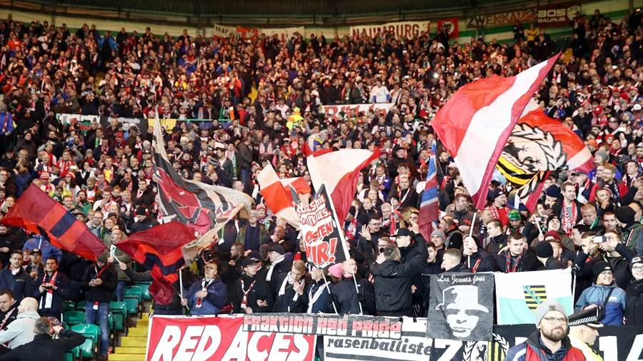 GLASGOW,SCOTLAND,08.NOV.18 - SOCCER - UEFA Europa League, group stage, Celtic FC Glasgow vs RasenBallsport Leipzig. Image shows fans of RB Leipzig. Photo: GEPA pictures/ Roger Petzsche - For editorial use only. Image is free of charge.