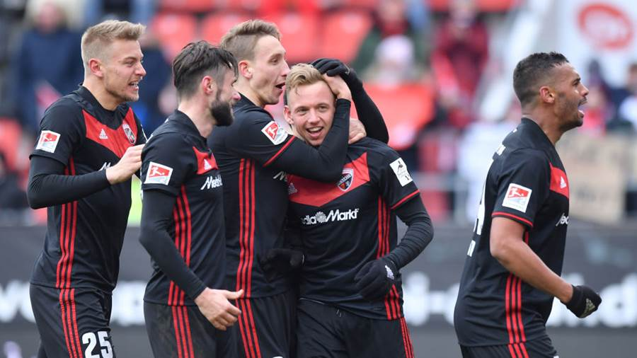 INGOLSTADT, GERMANY - MARCH 18: Players of Ingolstadt celebrate their teams fourth goal during the Second Bundesliga match between FC Ingolstadt 04 and SG Dynamo Dresden at Audi Sportpark on March 18, 2018 in Ingolstadt, Germany. (Photo by Sebastian Widmann/Bongarts/Getty Images)