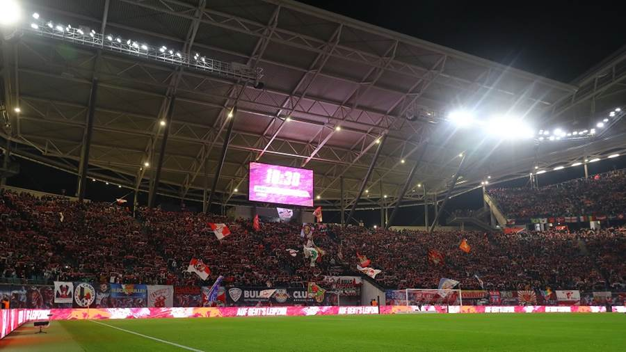LEIPZIG,GERMANY,23.NOV.19 - SOCCER - 1. DFL, 1. Deutsche Bundesliga, RasenBallsport Leipzig vs 1. FC Koeln. Image shows fans of RB Leipzig. Photo: GEPA pictures/ Roger Petzsche - DFL regulations prohibit any use of photographs as image sequences and/or quasi-video. - For editorial use only. Image is free of charge.