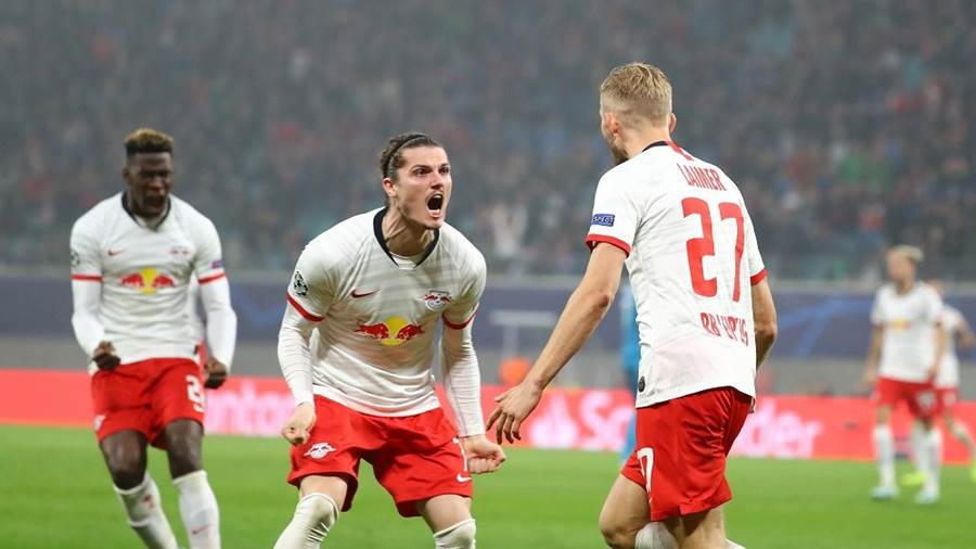 LEIPZIG,GERMANY,23.OCT.19 - SOCCER - UEFA Champions League, group stage, RasenBallsport Leipzig vs Zenit Saint Petersburg. Image shows the rejoicing of Marcel Sabitzer and Konrad Laimer (RB Leipzig). Photo: GEPA pictures/ Roger Petzsche - For editorial use only. Image is free of charge.