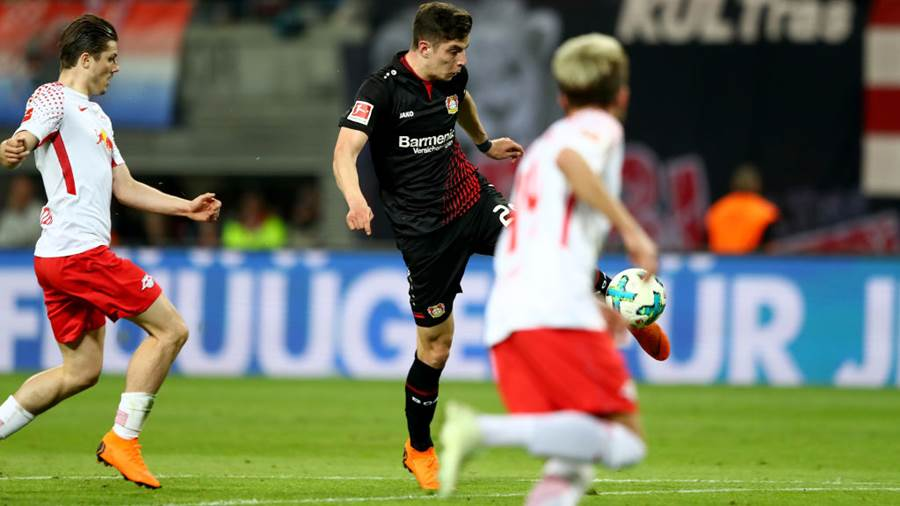 LEIPZIG, GERMANY - APRIL 09: Kai Havertz (C) of Leverkusen scores the equalizing goal during the Bundesliga match between RB Leipzig and Bayer 04 Leverkusen at Red Bull Arena on April 9, 2018 in Leipzig, Germany.  (Photo by Martin Rose/Bongarts/Getty Images)
