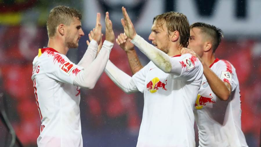 LEIPZIG, GERMANY - AUGUST 30: Emil Forsberg (C) of Leipzig celebrates his team's third goal with team mate Timo Werner during the UEFA Europa League Qualifying Play-Off second leg match between RB Leipzig and Zorya Luhansk at Red Bull Arena on August 30, 2018 in Leipzig, Germany.  (Photo by Martin Rose/Bongarts/Getty Images)