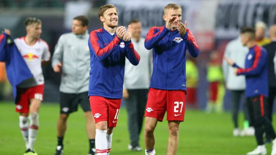 LEIPZIG, GERMANY - AUGUST 30:  Emil Forsberg (L) and Konrad Laimer of Leipzig celebrate after the UEFA Europa League Qualifying Play-Off second leg match between RB Leipzig and Zorya Luhansk at Red Bull Arena on August 30, 2018 in Leipzig, Germany.  (Photo by Martin Rose/Bongarts/Getty Images)