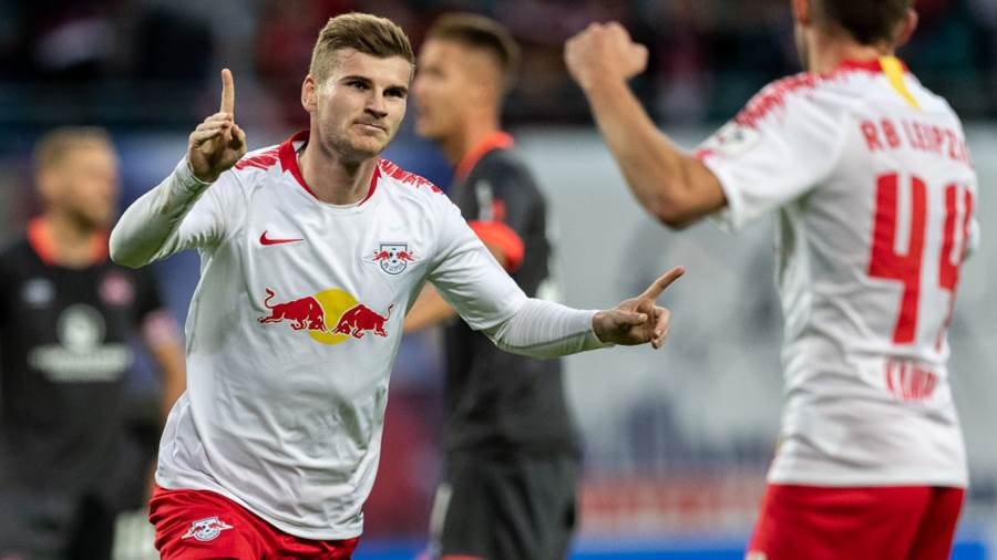 LEIPZIG, GERMANY - OCTOBER 07: Timo Werner of RB Leipzig celebrates after scoring his team's fourth goal during the Bundesliga match between RB Leipzig and 1. FC Nuernberg at Red Bull Arena on October 7, 2018 in Leipzig, Germany.  (Photo by Boris Streubel/Bongarts/Getty Images)