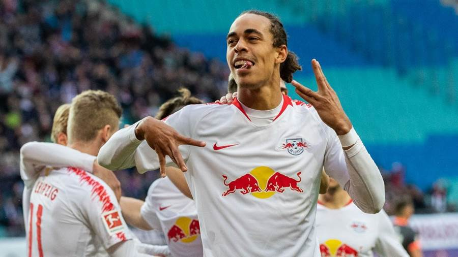 LEIPZIG, GERMANY - OCTOBER 07: Yussuf Poulsen of RB Leipzig celebrates with team mates after scoring his team's second goal during the Bundesliga match between RB Leipzig and 1. FC Nuernberg at Red Bull Arena on October 7, 2018 in Leipzig, Germany.  (Photo by Boris Streubel/Bongarts/Getty Images)
