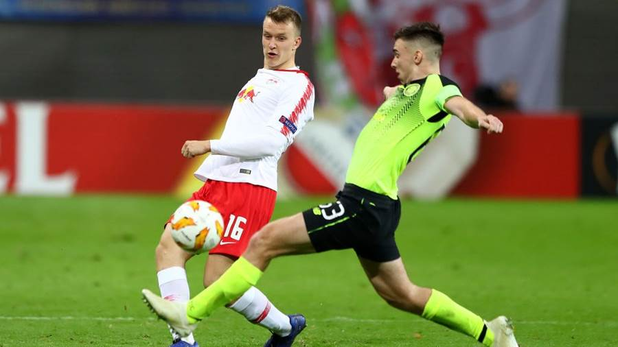 LEIPZIG, GERMANY - OCTOBER 25:  Lukas Klostermann of RB Leipzig and Kieran Tierney of Celtic during the UEFA Europa League Group B match between RB Leipzig and Celtic at Red Bull Arena on October 25, 2018 in Leipzig, Germany.  (Photo by Martin Rose/Bongarts/Getty Images)