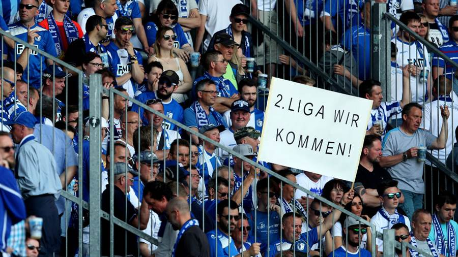 MAGDEBURG, GERMANY - APRIL 21: Supporters of 1. FC Magdeburg prior to the 3. Liga match between 1. FC Magdeburg and SC Fortuna Koeln at MDCC-Arena on April 21, 2018 in Magdeburg, Germany. (Photo by Ronny Hartmann/Bongarts/Getty Images)