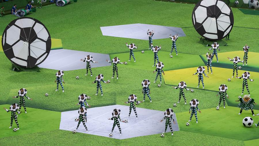 MOSCOW, RUSSIA - JUNE 14, 2018: Performers at the opening ceremony of the 2018 FIFA World Cup WM Weltmeisterschaft Fussball at Luzhniki Stadium. Stanislav Krasilnikov/TASS PUBLICATIONxINxGERxAUTxONLY TS084215
