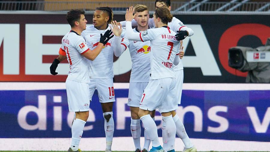 PADERBORN, GERMANY - NOVEMBER 30:  Timo Werner of RB Leipzig celebrates with teammates after scoring his team's third goal during the Bundesliga match between SC Paderborn 07 and RB Leipzig at Benteler Arena on November 30, 2019 in Paderborn, Germany. (Photo by Thomas F. Starke/Bongarts/Getty Images)