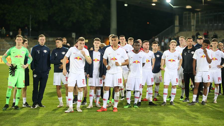 POTSDAM,GERMANY,24.MAY.19 - SOCCER - U19 DFB Pokal, final, RasenBallsport Leipzig vs VfB Stuttgart. Image shows the disappointment of RB Leipzig. Photo: GEPA pictures/ Roger Petzsche - DFL regulations prohibit any use of photographs as image sequences and/or quasi-video. - For editorial use only. Image is free of charge.