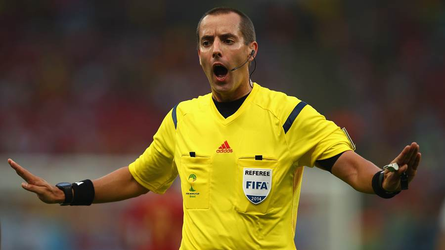 Mark Geiger (USA), Alter: 43, pfeift international seit 2008