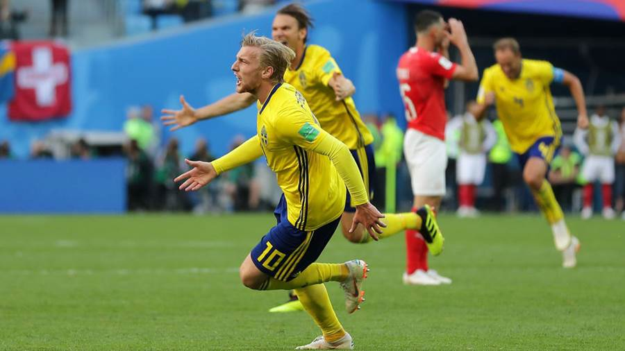 SAINT PETERSBURG, RUSSIA - JULY 03:  Emil Forsberg of Sweden celebrates after scoring his team's first goal during the 2018 FIFA World Cup Russia Round of 16 match between Sweden and Switzerland at Saint Petersburg Stadium on July 3, 2018 in Saint Petersburg, Russia (Photo by Richard Heathcote/Getty Images)