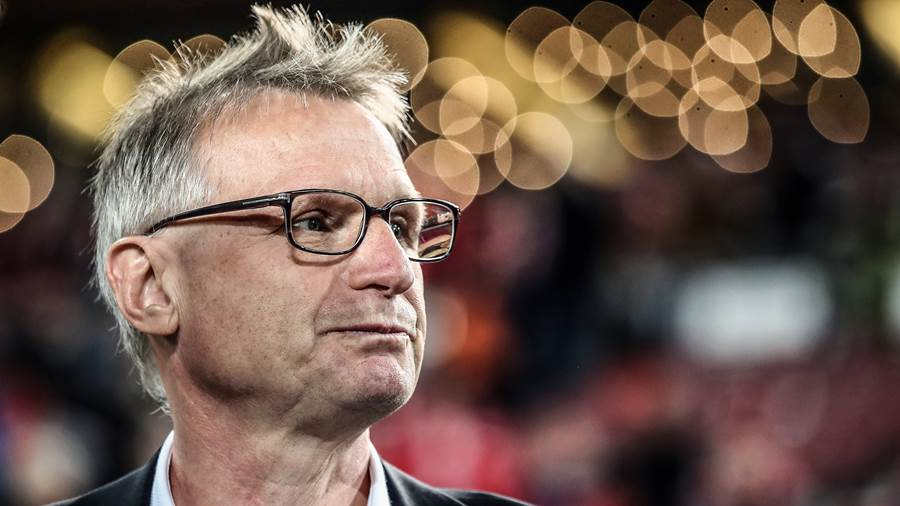 STUTTGART, GERMANY - OCTOBER 29:  VfB Stuttgart sport director Michael Reschke looks on prior to the Bundesliga match between VfB Stuttgart and Sport-Club Freiburg at Mercedes-Benz Arena on October 29, 2017 in Stuttgart, Germany.  (Photo by Alex Grimm/Bongarts/Getty Images)