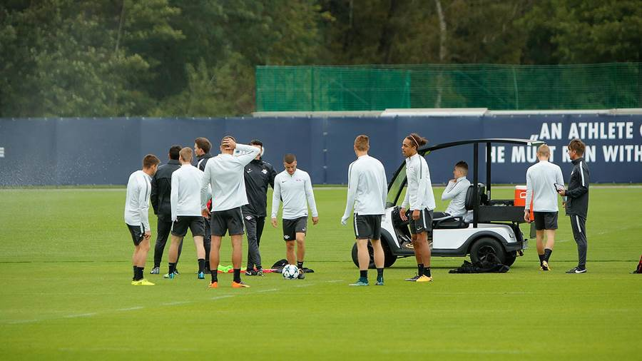 Training RB Leipzig am 11.09.17 (Dirk Knofe) (4)