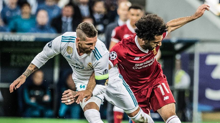 UEFA Champions League final - Real Madrid vs Liverpool FC UEFA Champions League final - Real Madrid vs Liverpool FC on May 26, 2018 in Kyiv, Ukraine. In the picture: Sergio Ramos, Mohamed Salah PUBLICATIONxINxGERxSUIxAUTxONLY EN_01322129_0012